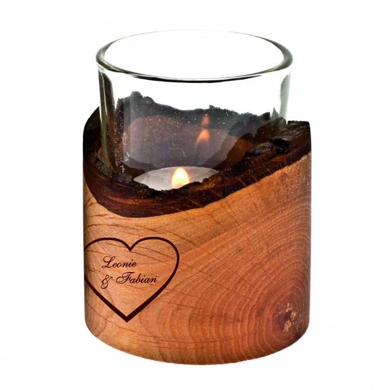 Teelicht im Erlenmantel Herz mit Wunschnamen