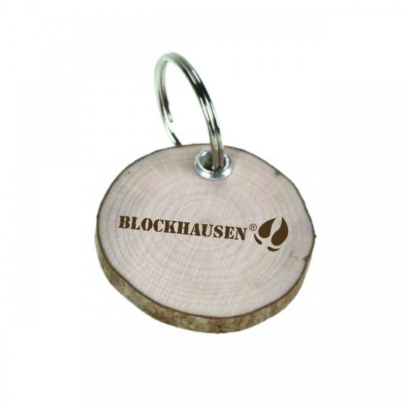 Schlüsselanhänger Baumscheibe Blockhausen aus Haselnussholz