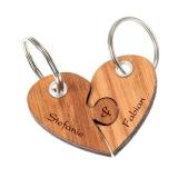 Schlüsselanhänger Holz geteiltes Herz mit Wunschnamen