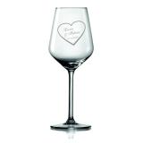 Weinglas Herz mit Namen und Datum eines besonderen Tages